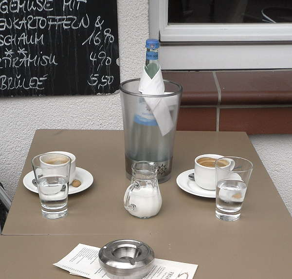 kaffee-in-hofheim-2013-06-21.jpg
