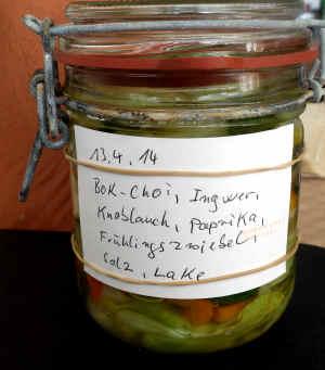 Pak-Choi-Kimchi, mit Etikett