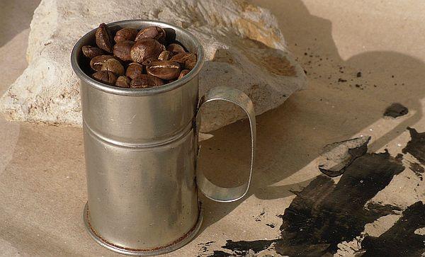 die richtige dosierung beim kaffee 8 gramm pro gro er tasse portionsdi t. Black Bedroom Furniture Sets. Home Design Ideas