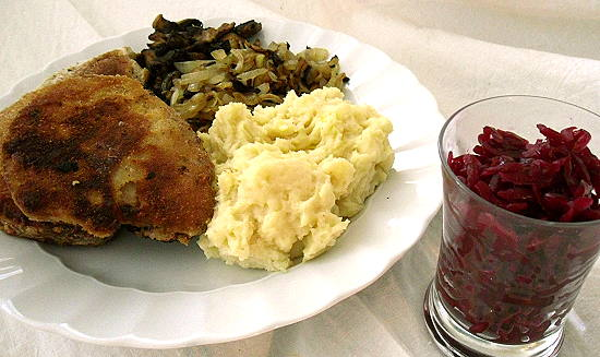 Sellerieschnitzel & rotes Sauerkraut