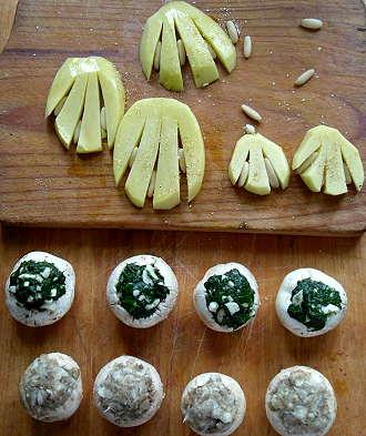 """""""Vor dem Backofen: Champignons, gefüllt mit Spinat und Knoblauch - und mit Petersilienwurzel"""