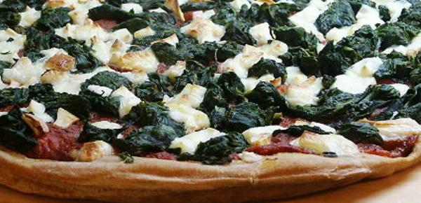 spinat-mozarella-pizza